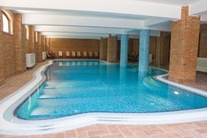 Ce trebuie sa avem in vedere cand dimensionam dezumidificarea pentru o piscina interioara? - CLICK AICI PENTRU DETALII